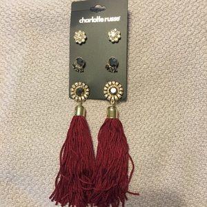 NWT Set of tassel earrings